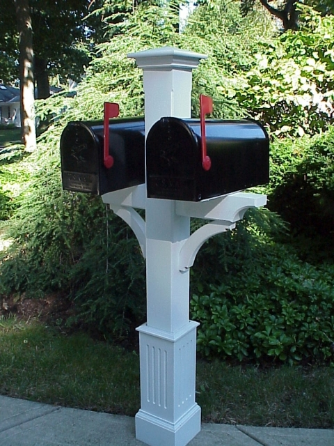 "Dualie Mail Box Post with 18"" fluted base"