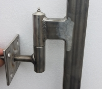 Adjustable post hardware for Wooden Driveway Gates