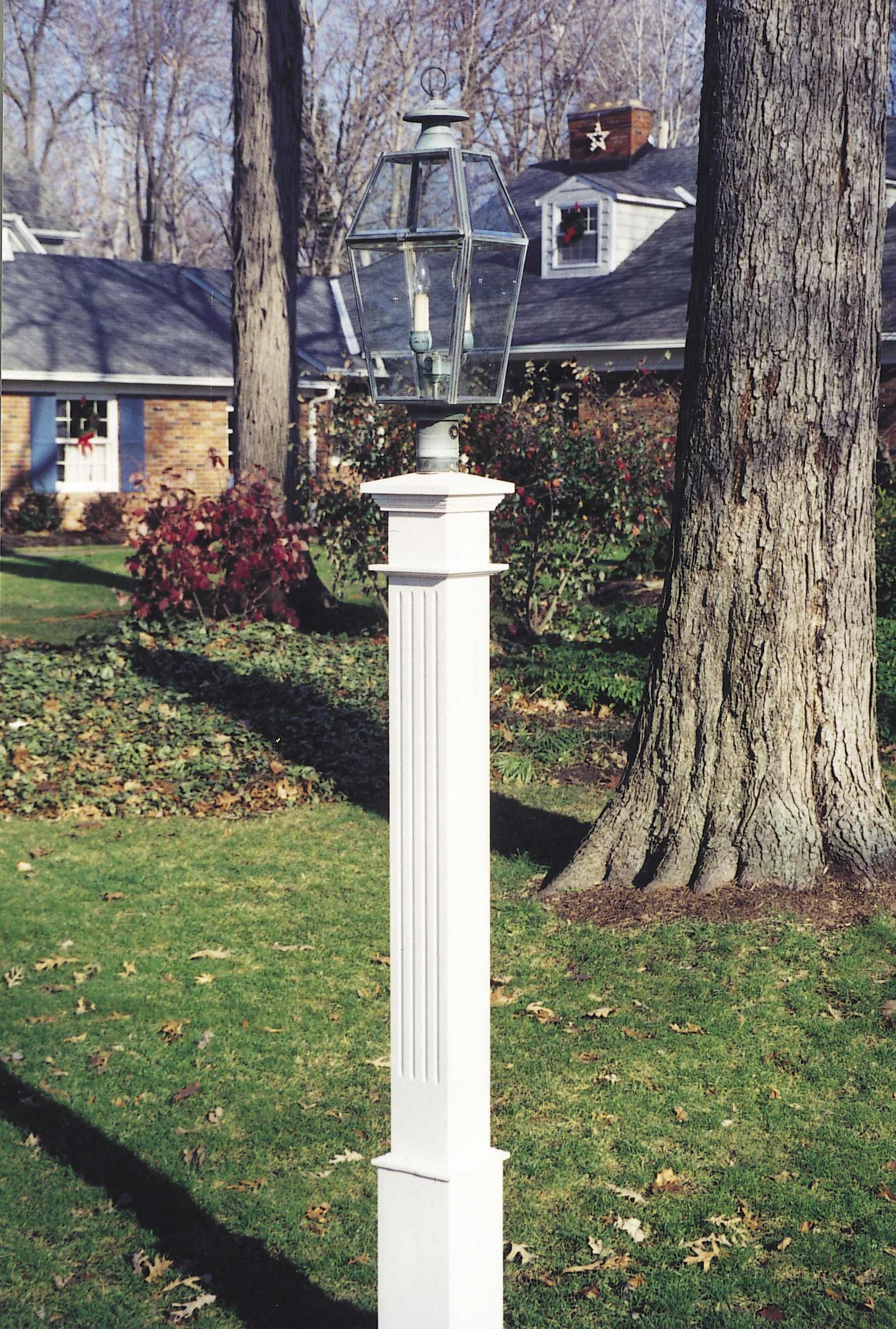 6X6 Cedar Fluted Lantern Post by New England Woodworks