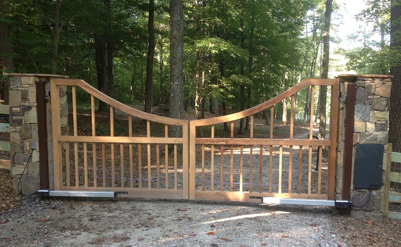 Custom Open Driveway Gate Design by New England Woodworks