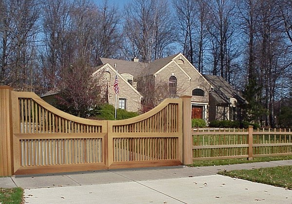 how to build a wood driveway gate frame
