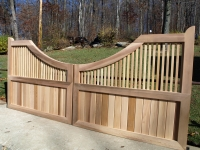 Modified Montauk-Estate Concave Driveway Gate
